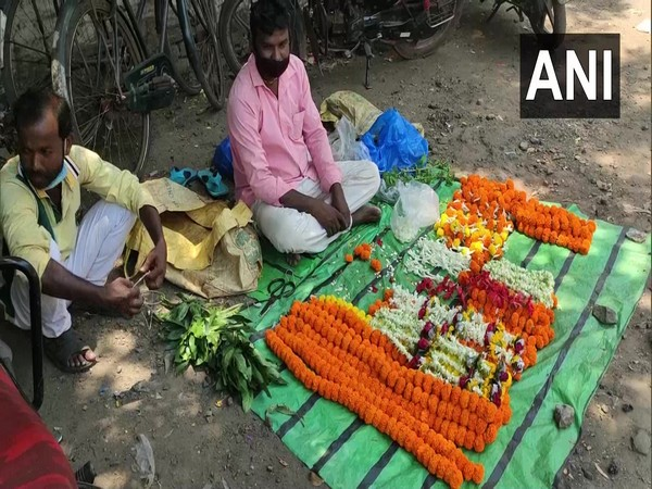 WB: Business severely hit by COVID-19 second wave, say flower growers in West Midnapore