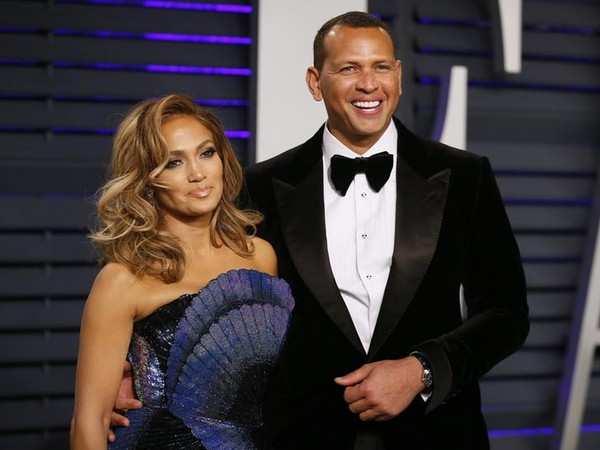 Jennifer Lopez, Alex Rodriguez officially end their engagement