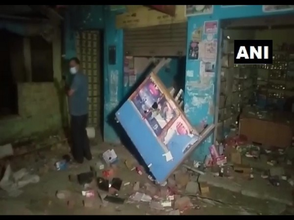 Two groups clash, pelt stones at each other in UP's Moradabad