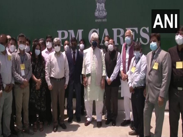 LG Manoj Sinha inaugurates 500-bedded DRDO Covid hospital in Srinagar