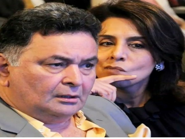 Neetu Kapoor shares an 'ironical' picture with late Rishi Kapoor