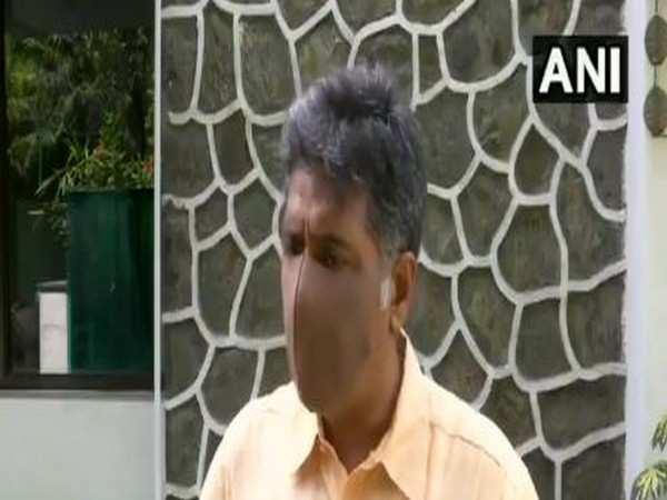 Manish Tewari slams Sidhu, claims no problem in Punjab unit