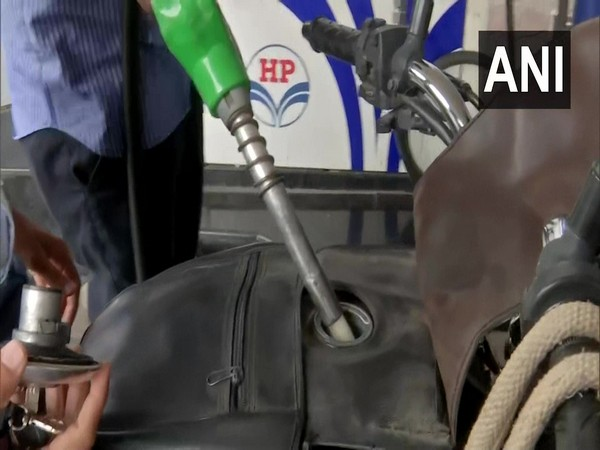 Petrol touches new high in Delhi with Rs 101.19 per litre