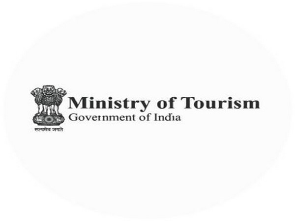 Tourism Ministry signs MoU with Yatra to strengthen hospitality, tourism industry