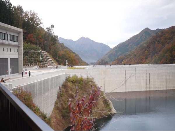 Yamba Dam gaining popularity among tourists in Japan