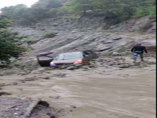 3 people stuck in mudslide in J-K's Doda rescued after seven hours