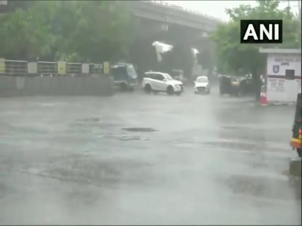 Heavy rain lashes Jammu, brings respite from heat
