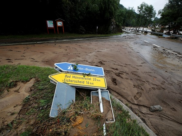 Death toll from floods in western Germany rises to 45