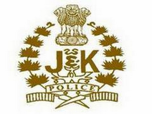 Jammu Police foils bid to smuggle weapons, explosives into Kashmir valley, one held