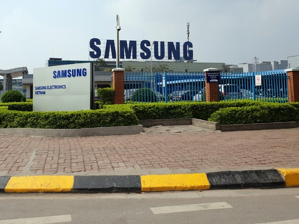 Amid COVID-19, Samsung Electronics plant in emergency in Vietnam