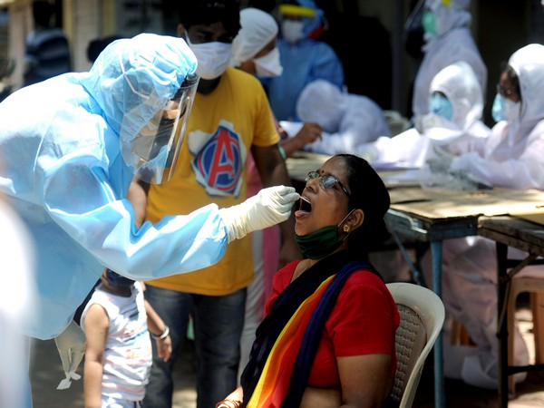India reports 42,766 new COVID-19 cases, 1,206 deaths in last 24 hours