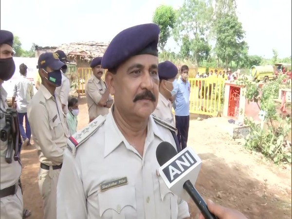 Home guard inspector who fell into well during rescue operation in MP's Vidisha, returns to work at site
