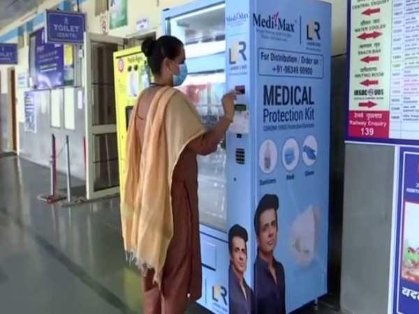 COVID-19: Vending machine that dispenses masks for Rs 2 set-up in Karnataka's Hubli