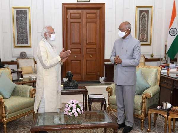 PM Modi meets President Ram Nath Kovind, discusses important issues