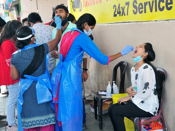 India records 37,154 new COVID-19 cases, 724 deaths in last 24 hrs