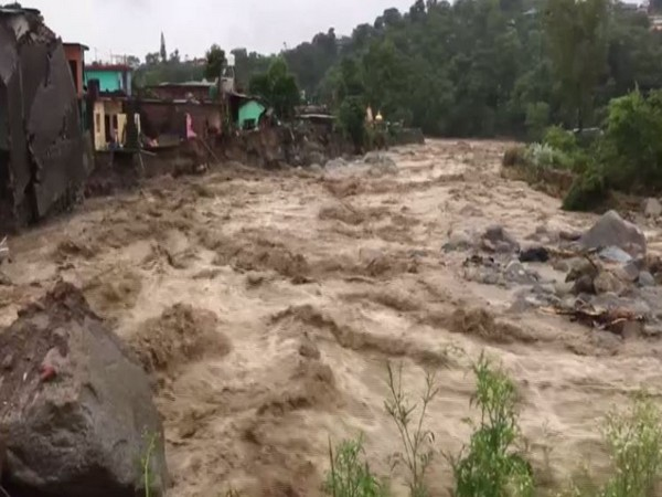 Home Ministry monitors natural calamity caused by heavy rains in Himachal, assures all possible help to state govt