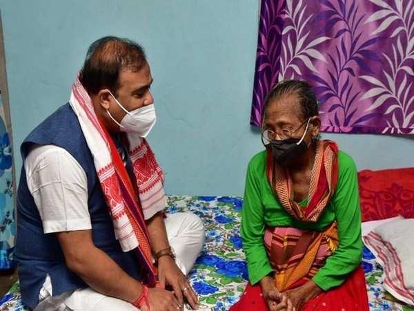 Assam CM takes stock of Padma Shri awardee Birubala Rabha's health