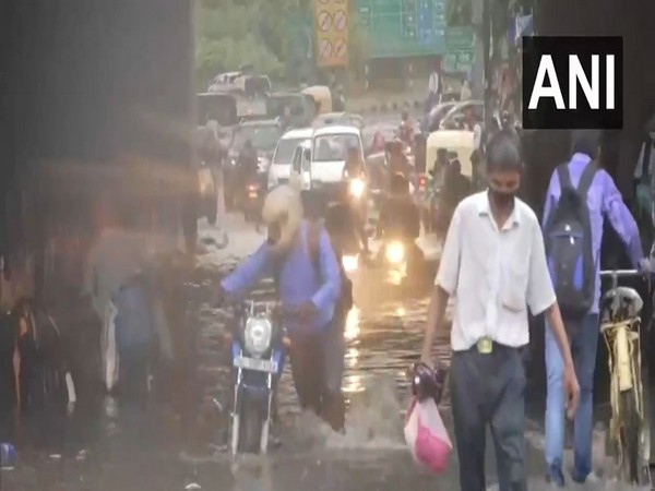 Monsoon showers cause waterlogging, traffic snarls in Delhi