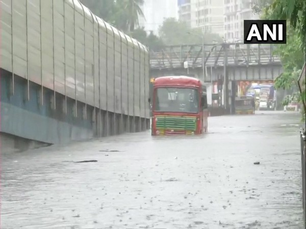 Moderate to intense spell of rain likely over Mumbai in next three hours: IMD