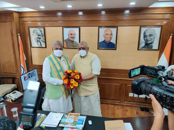 Parshottam Rupala takes over Fisheries, Animal Husbandry and Dairying Ministry