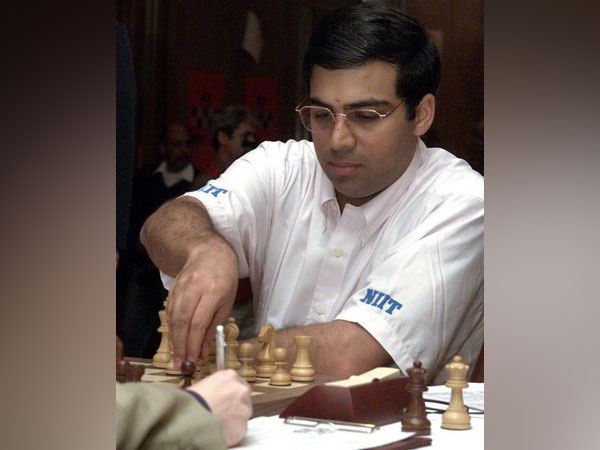 Mixed start for Viswanathan Anand after he kicks off Grand Chess Tour with win